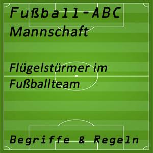 Flügelstürmer im Fußballspiel