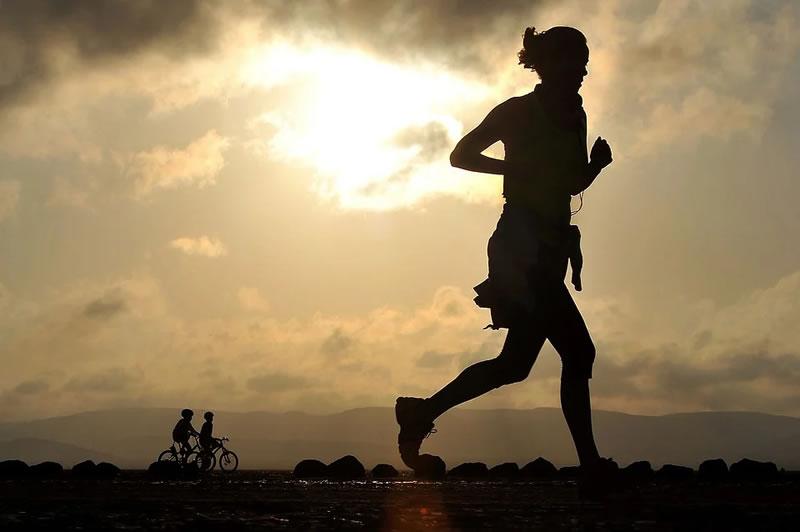 Regelmäßiges Laufen hilft gegen Stress