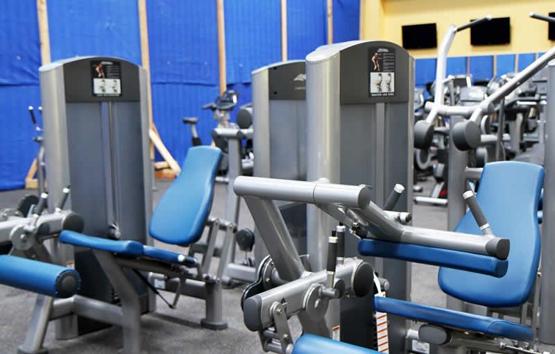 Geräte für das Ausdauertraining und Krafttraining